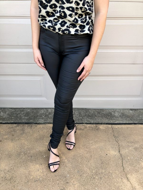 Madonna High Rise Jeans in Black