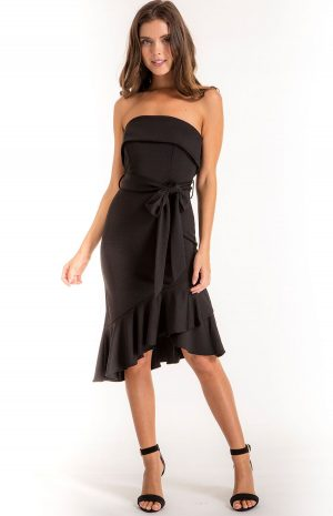 Heat of the night off the shoulder dress in Black